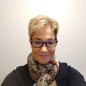 Ely-keskuksen yritysten kehittämispalvelut verkkokaupan asiantuntija Kirsi Mikkola